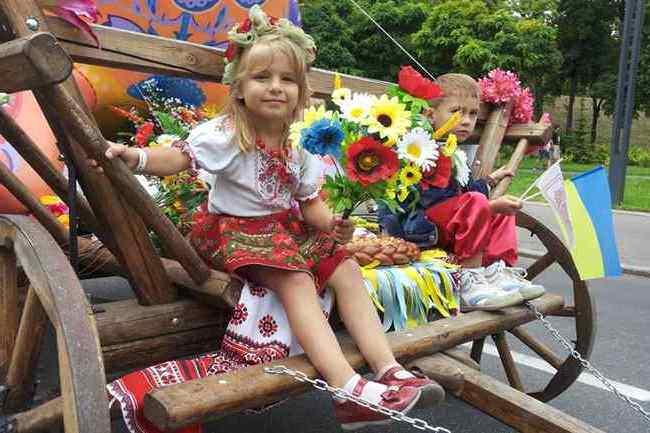 Славянск и Краматорск отпраздновали годовщину освобождения от российско-террористических группировок - Цензор.НЕТ 8522