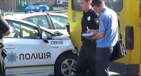 Патрульная полиция получит более тысячи комплектов формы и 1,5 тыс. видеокамер от Канады - Цензор.НЕТ 6764